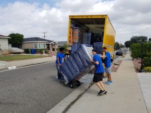 TOOLS YOU SHOULD HAVE WHEN YOU ARE MOVING